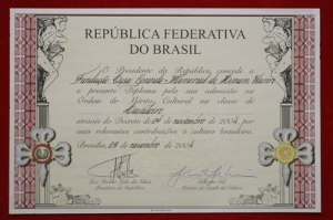 Diploma de Cavaleiro da Ordem do Mérito Cultural  Ministério da Cultura do Brasil- 2004
