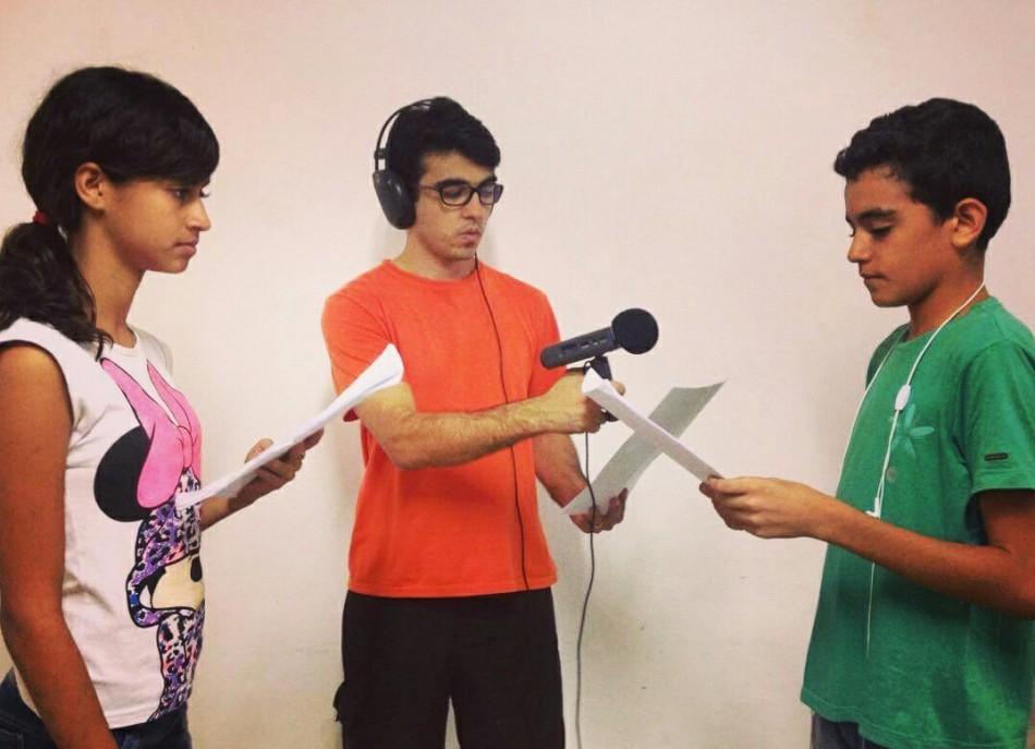 Alycia, Aécio e Eduardo na gravação dos programas